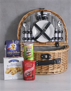 gifts: Snackers Riviera Picnic Basket!