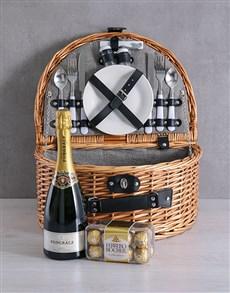 gifts: Pongracz Riviera Picnic Basket!