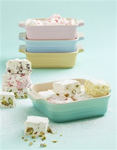 gifts: Le Creuset Pastel Dish Gift Set!