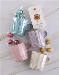 gifts: Le Creuset Brilliant Metallic Mug Set!