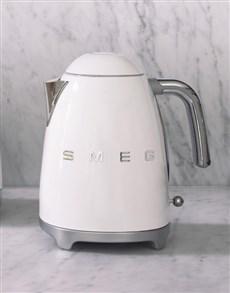 gifts: SMEG Retro White Kettle!