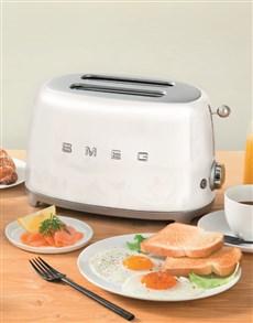 gifts: SMEG Retro 2 Slice Toaster White!