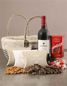gifts: Scrumptious Gourmet Hamper!