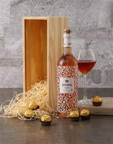gifts: Protea and Ferrero Rocher Gift Box!