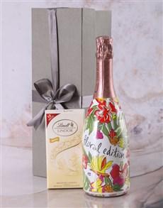 gifts: Valdo Floral Prosecco Gift Hamper!
