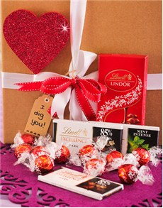 gifts: Lindt Chocolate Hamper!