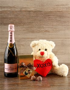 Picture of Bubbles of Love Moet and Champagne Truffles!