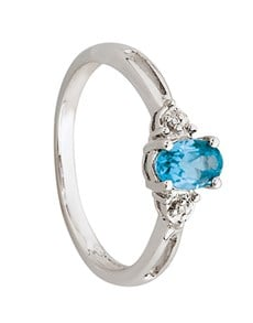 jewellery: 9kt White Gold Oval Blue Topaz And Diamond Ring!