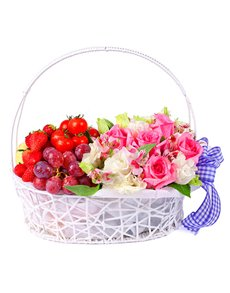 gifts: Roses and Fruit Basket!