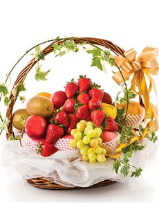 gifts: Classic Fruit Basket!