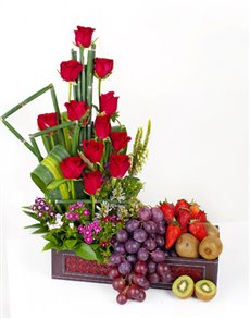 gifts: Roses and Berries Box!