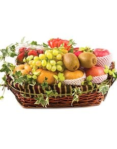 gifts: Big Juicy Fruit Basket!
