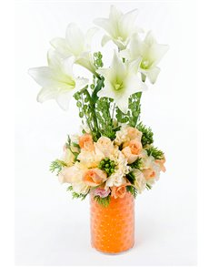 flowers: Lily and Champagne Rose Vase!