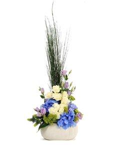 flowers: Flower Vase   Roses and Hydrangea!
