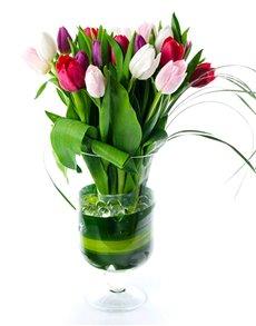 flowers: Flower Vase   Twenty Tulips!