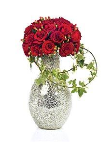 gifts: Flower Vase   Red Roses!