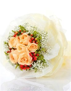 flowers: Champagne Rose Bouquet!