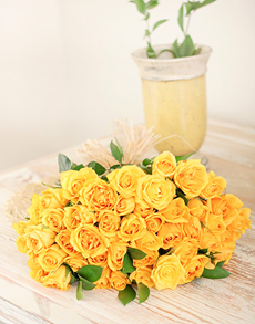 flowers: Yellow Rose Bouquet!
