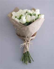 flowers: White Rose Bouquet!
