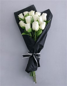 flowers: Striking White Rose Bouquet!