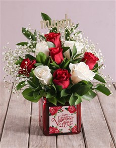 flowers: A Kiss Of Roses In A Vase!