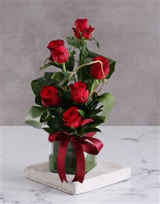 flowers: Red Roses In Square Vase!