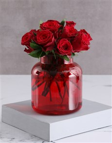 flowers: Red Roses In Red Vase!