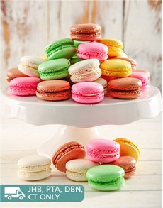 gifts: Rainbow Temptation Macaroon Combo Box!