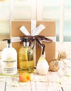 gifts: Perfectly Manicured Pamper Gift!