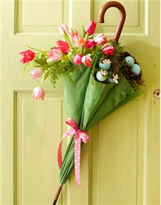 gifts: The Working with Unusual Floral Containers   JHB!