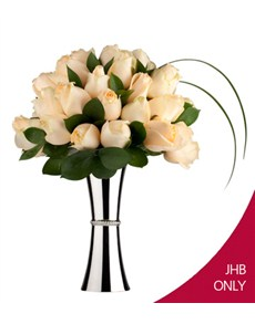Flowers: Cream Rose Elegance!