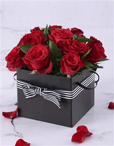 flowers: Red Roses in a Black Gift Box!