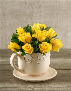 flowers: Yellow Roses in a Teacup!