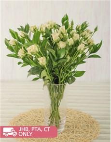 flowers: Kenyan Cluster White Roses in vase!