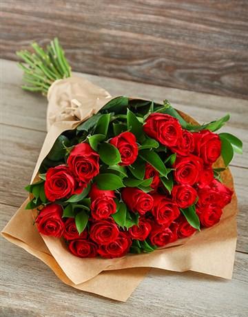exclusive-specials: Red Rose Affair!