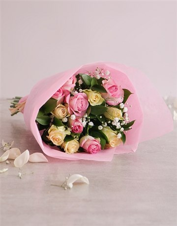 Flowers: Bouquet of Pastel Roses!