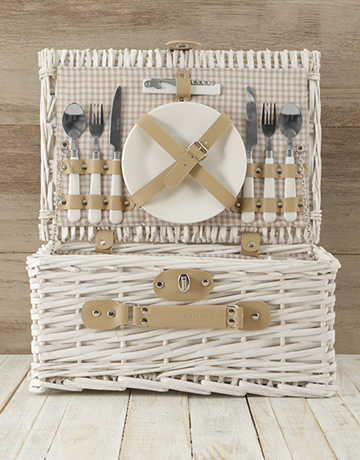 valentines-day: Two Person White & Gold Picnic Basket!