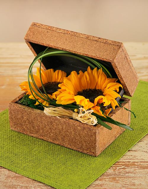 wooden-crates: Green Button Sunflower Box!