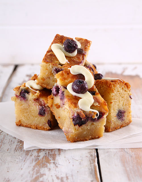 brownies: Blueberry Cheesecake Swirl Blondies!