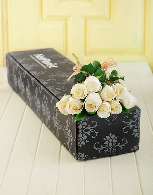 in-a-box: White Roses in a Box!