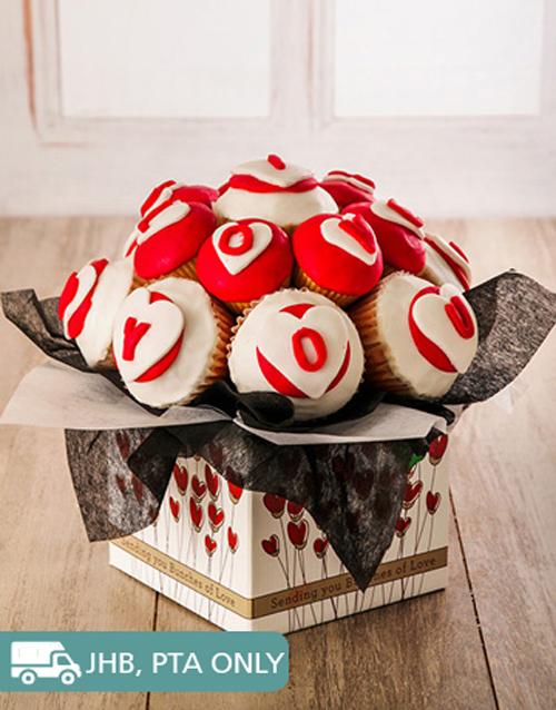 anniversary: Delicious Romantic Cupcake Bouquet!