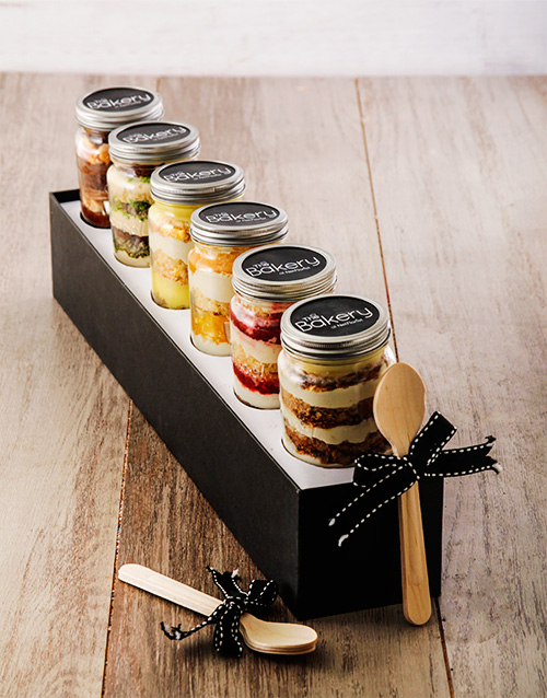 birthday: 6 Sunshine in a Box Cupcakes in a Jar!