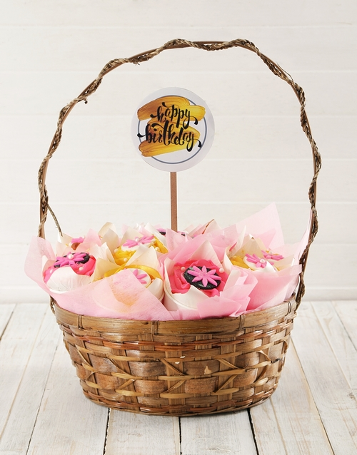 cupcake-bouquets: Personalised Floral Birthday Cupcake Bouquet!