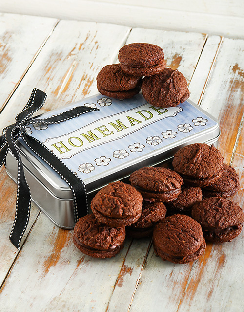 cookies-and-biscuits: Chocolate, Hazelnut and Coffee Cookie Sandwich Tin!