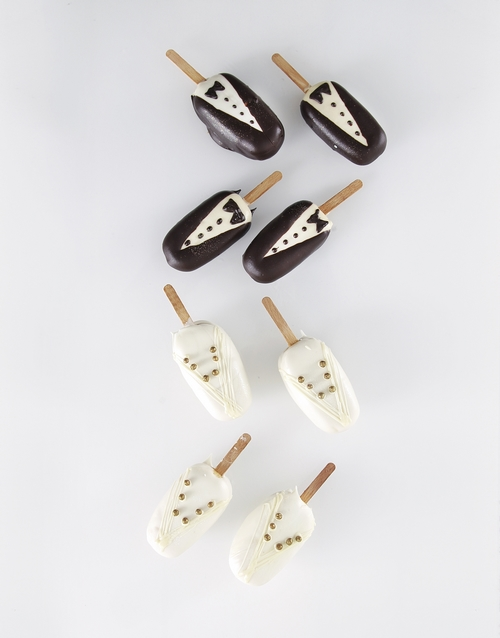 cake-pops: Wedding Box Cakes on a Stick!