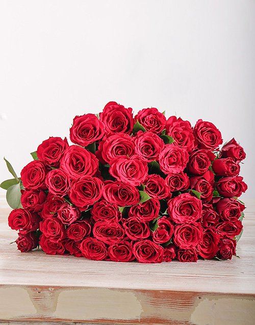 colour: 50 Red Roses in Cello!
