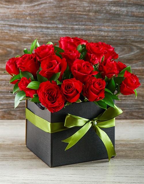 roses: Roses in Black Gift Box!