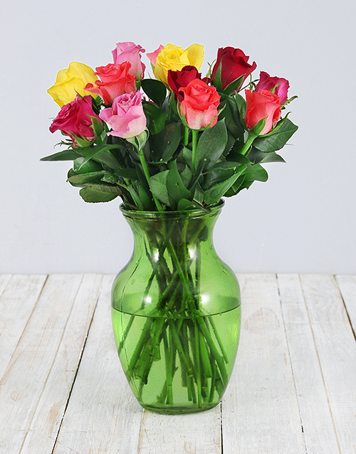 roses: Mixed Roses in Lime Green Vase!