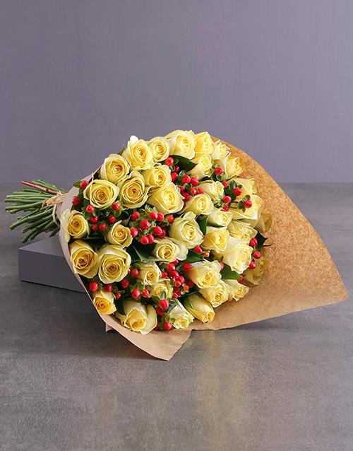 roses: Elegant Cream Rose Bouquet!