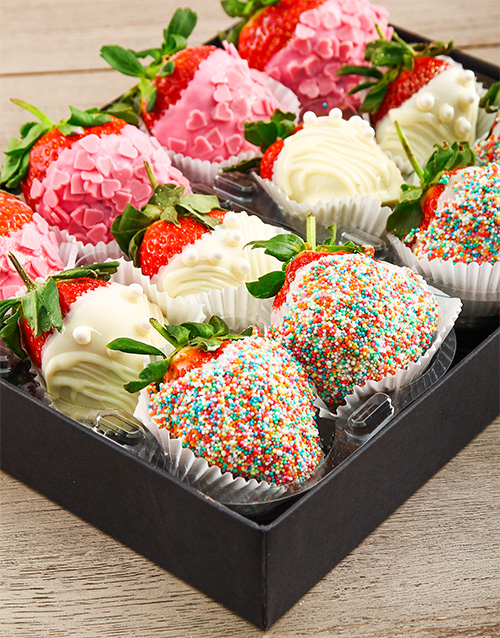 dipped-strawberries: Dipped Strawberry Combo Box!